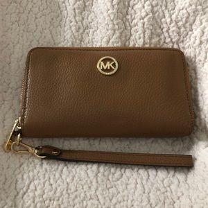 Michael Kors wristlet, wallet